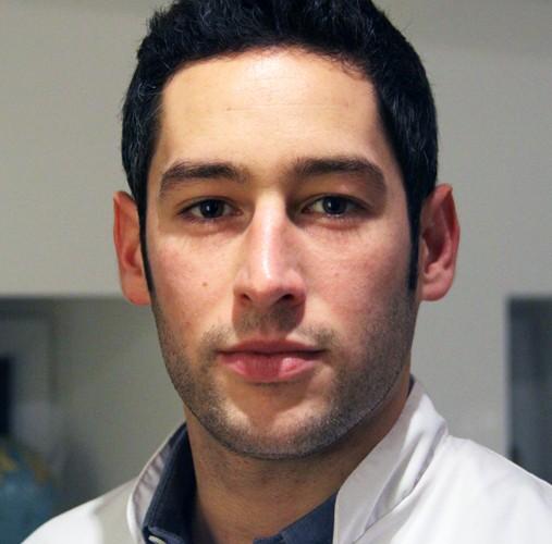 Hugo Monfort Ostéopathe à domicile en Essonne 91, Urgence, Diplomé, Posturologie, Ostéopathe du Sport,